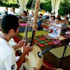 Yoga con música en directo
