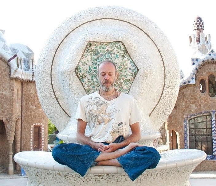 El Ashtanga Yoga meditación y práctica fácil de recordar