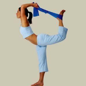 La práctica de ahstanga yoga proporciona fortaleza física y mental entre otras cosas