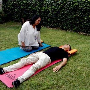Las sesiones de respiración en Rebirthing siempre con un renacedor cualificado