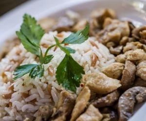 cereales como el arroz son importantes para una alimentación saludable