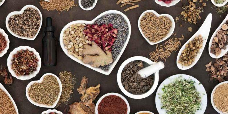 fitoterapia y una buena alimentación te ayuda a llevar mejor la menopausia