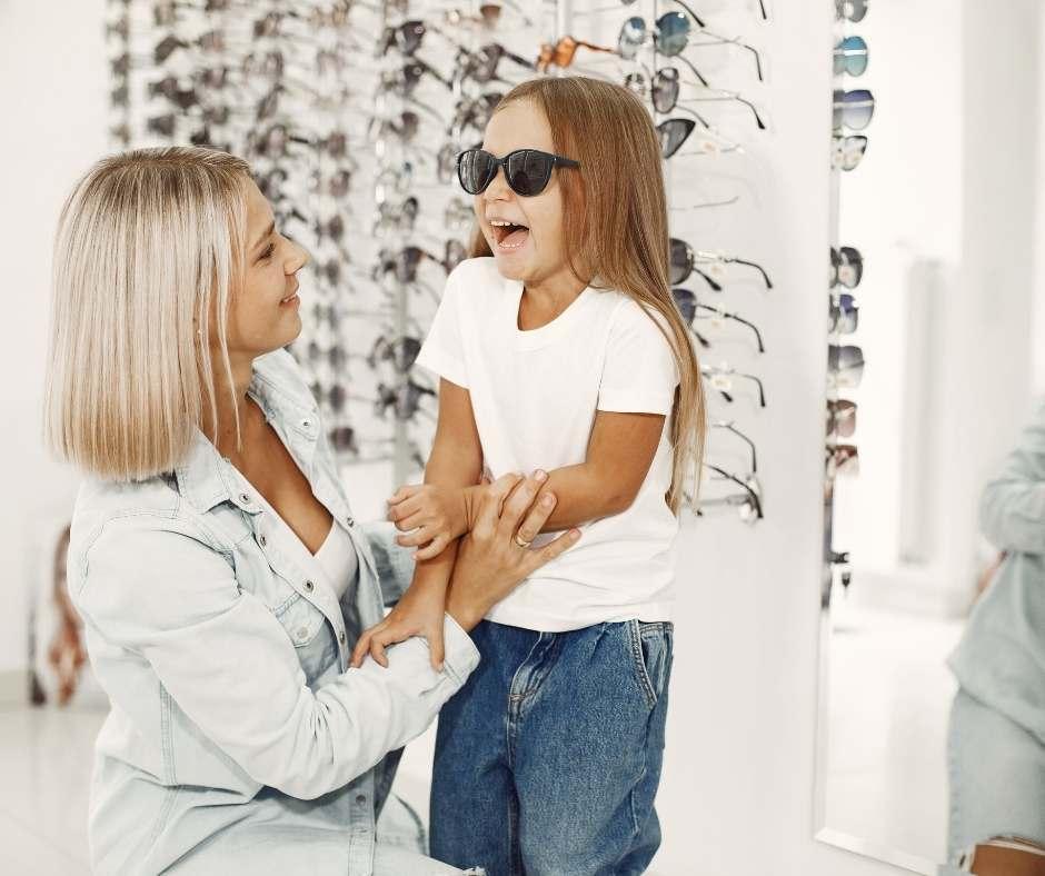 siempre hay que comprar en una optica y elegir bien gafas de sol